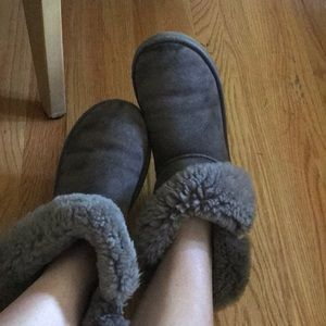 Gray Bailey Button Uggs